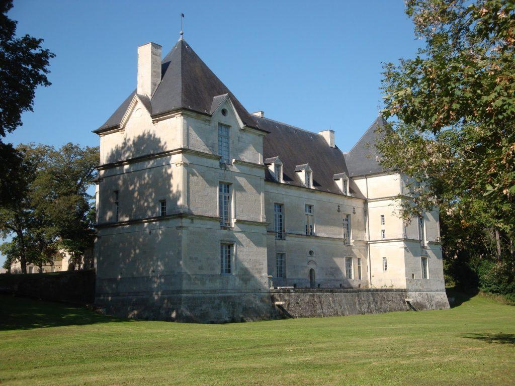 Chateau de Nuits_Copyright Studio Morize